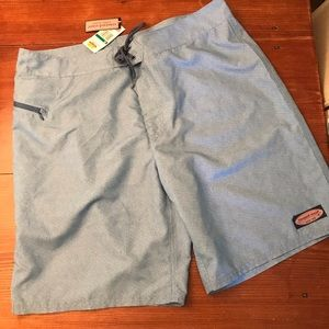 Vineyard vines board shorts NWT